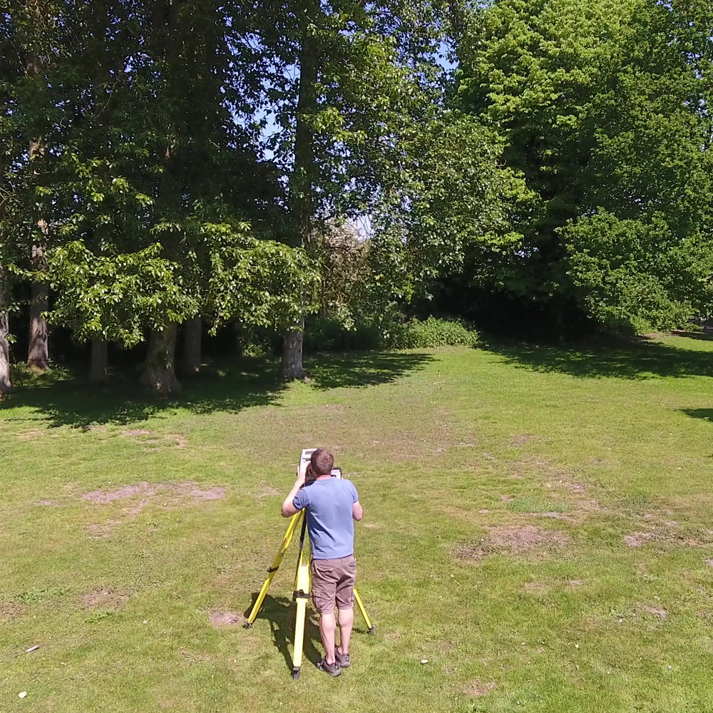Pegging out a boundary with robotic total station